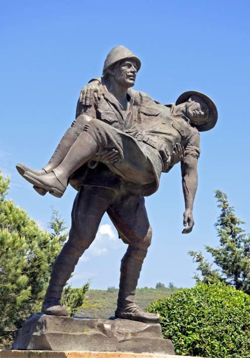 映画 第1次世界大戦での「ガリポリの戦い」をトルコ側から見た映画 。「シーバトル 戦艦クイーン・エリザベスを追え!!」