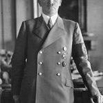 テレビ映画 「ヒトラー 第1部 我が闘争」ヒトラーの名が、ドイツ全土に知られるようになるまで