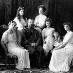 映画(アニメ)アナスタシア ロシア皇帝ニコライ2世の第4皇女アナスタシア伝説をもとに作られました。