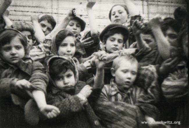 ヒトラーその2 ユダヤ人迫害(ホロコースト)前編 第2次世界大戦まで