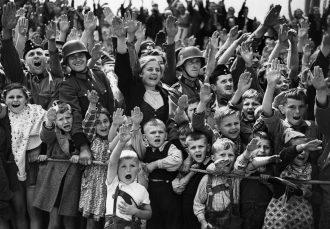 なぜ、ヒトラーは、ドイツ国民から熱狂的な支持を受けることが出来たのか? その2